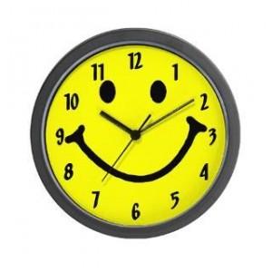 چرا بیشتر ساعت ها روی 10 و 10 دقیقه تنظیم شده اند؟
